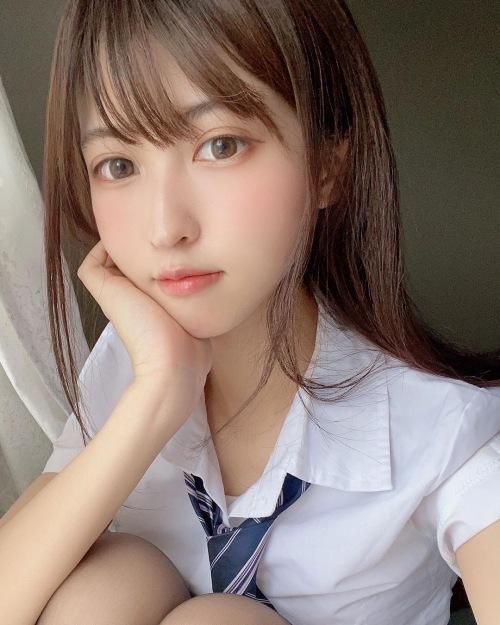 猫田あしゅのSNSのコスプレ写真エロ画像009