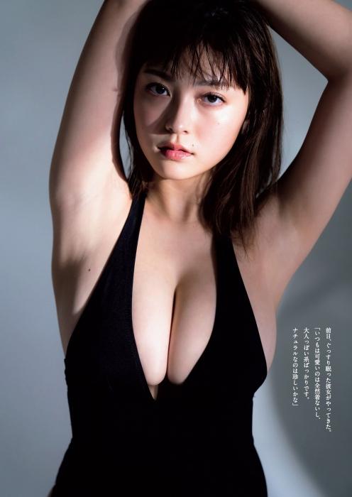 櫻井音乃の初水着グラビアエロ画像003