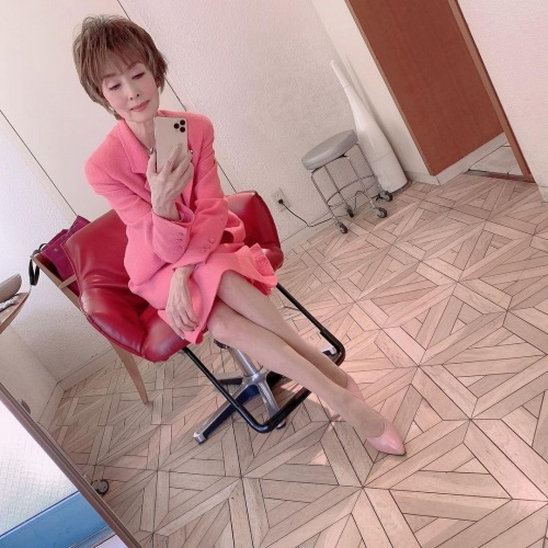 小柳ルミ子のインスタ写真エロ画像008