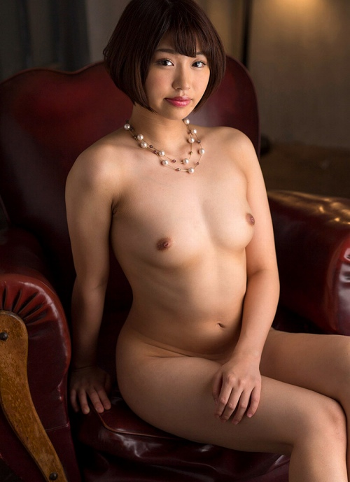 すっぽんぽんの全裸ヌードエロ画像072
