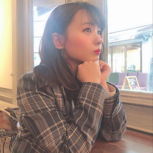 山田菜々のSNS写真エロ画像019