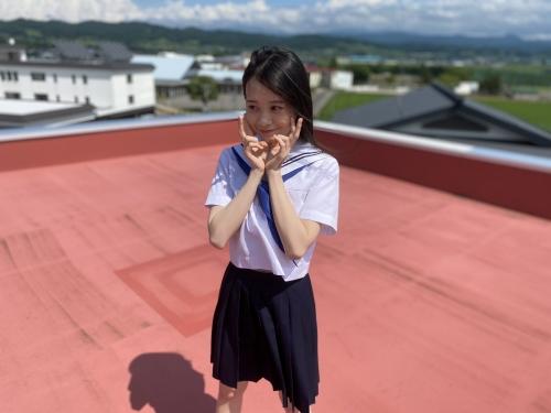 横山結衣のSNS自画撮り写真エロ画像008