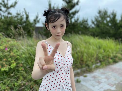 横山結衣のSNS自画撮り写真エロ画像011