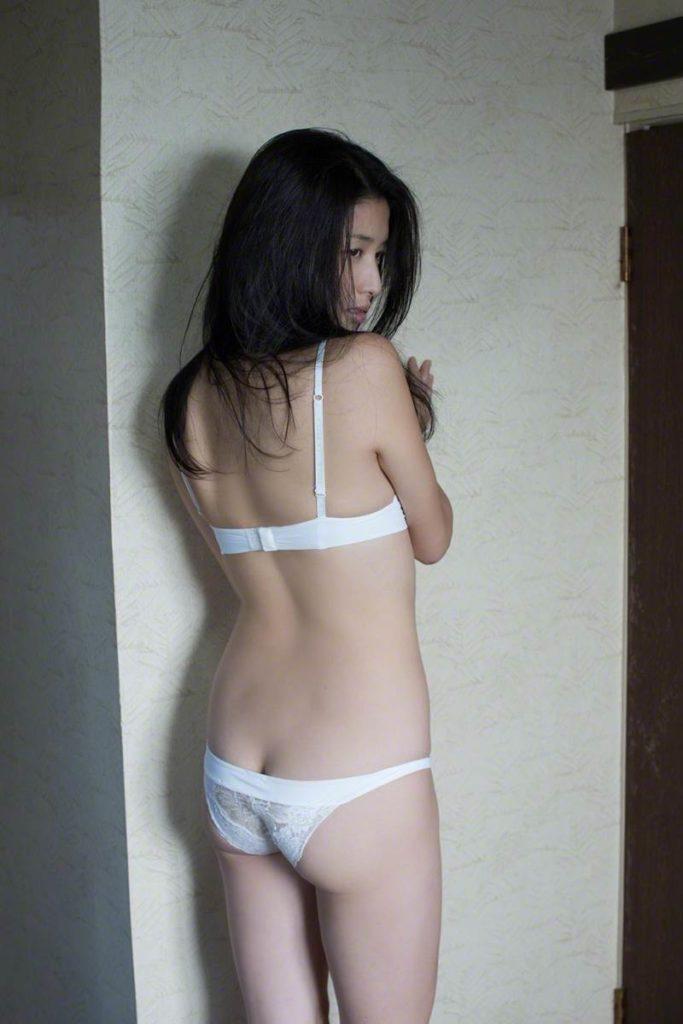 橋本マナミ(33)の全裸ヌード等!抜けるエロ画像147枚・38枚目の画像