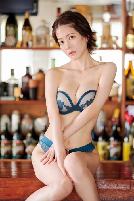 高宮まりのイメージDVDエロ画像006