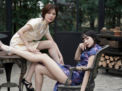 高宮まりの岡田紗佳とのコラボグラビアエロ画像007