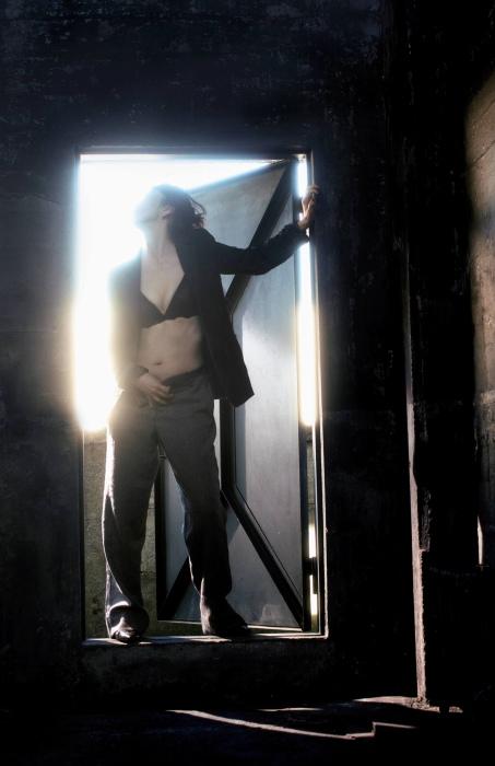 有森也実の最新袋とじセミヌードグラビアエロ画像007