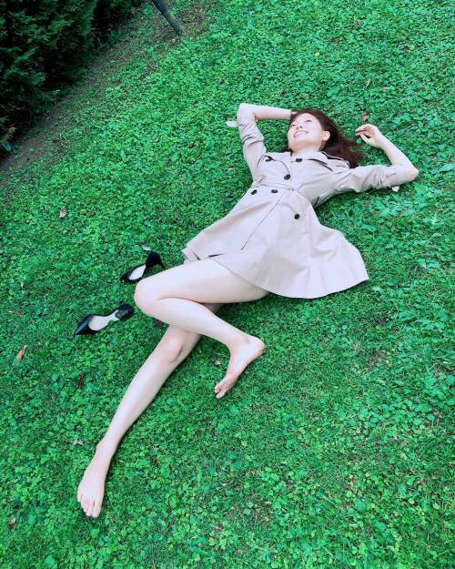 大野いとの写真集のランジェリー姿のエロ画像013