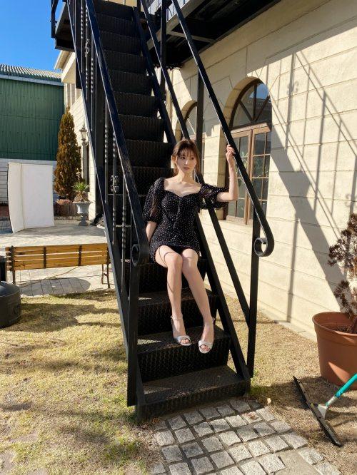 吉井美優のSNS自画撮り写真エロ画像002