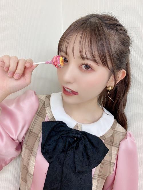 吉井美優のSNS自画撮り写真エロ画像006