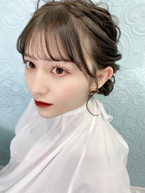 吉井美優のSNS自画撮り写真エロ画像009