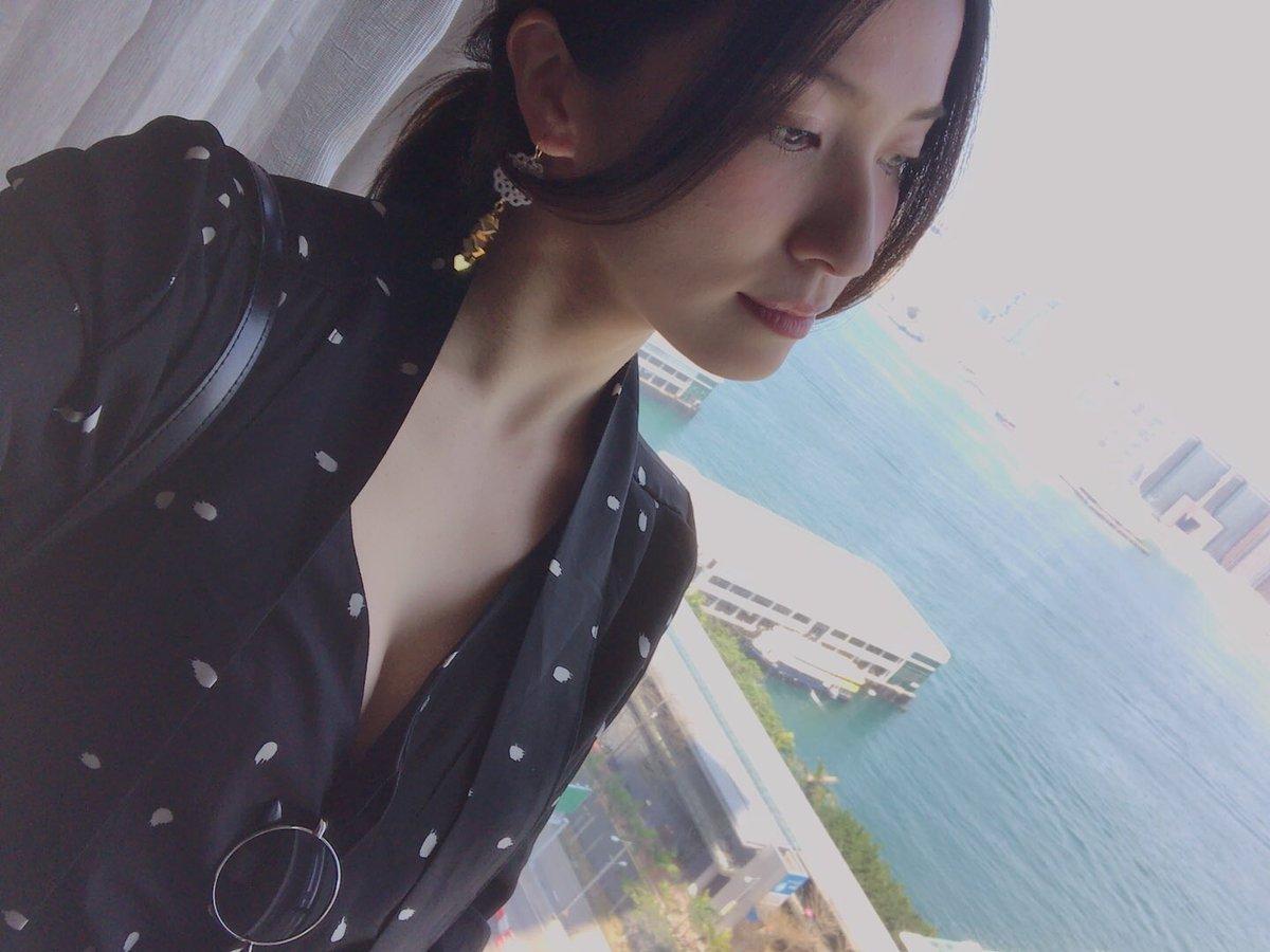戸田れいのSNS写真エロ画像021