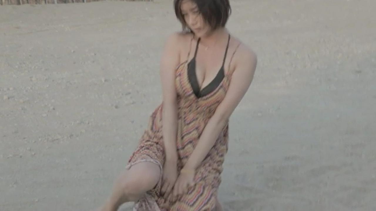 真木よう子のセミヌード写真集や水着グラビアエロ画像068