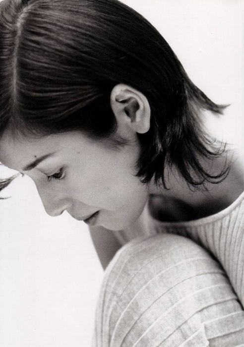 黒木瞳の写真集のお宝水着・下着グラビアエロ画像004