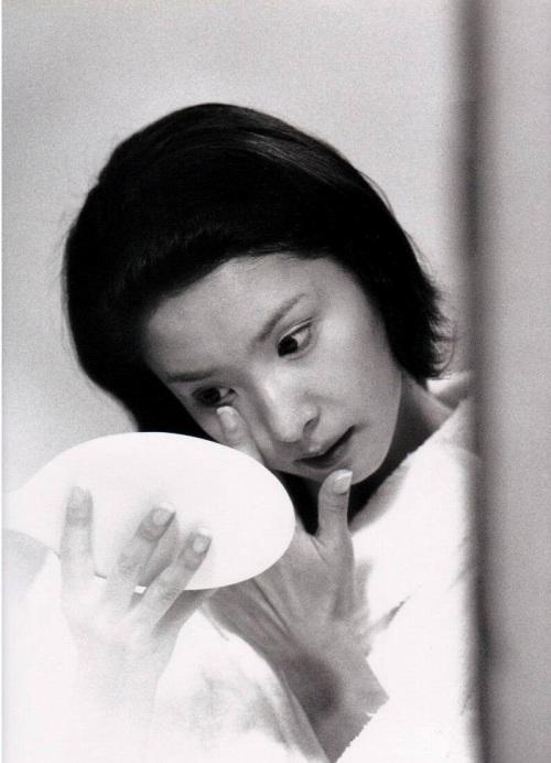黒木瞳の写真集のお宝水着・下着グラビアエロ画像012