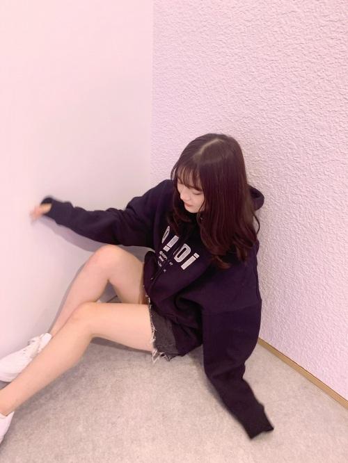 黒嵜菜々子のSNS自画撮り写真エロ画像015