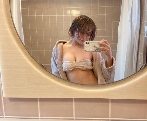 百瀬りえのインスタ過激写真エロ画像001