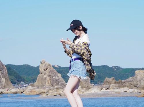 中島由貴のSNS自画撮り写真エロ画像009