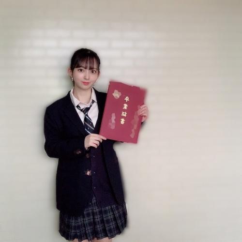塚田百々花のSNS写真エロ画像014