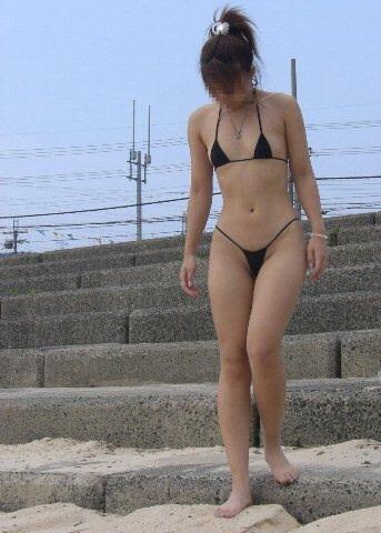 ヌーディストビーチ化した国内ビーチに現れる露出狂のエロ画像33枚・8枚目の画像