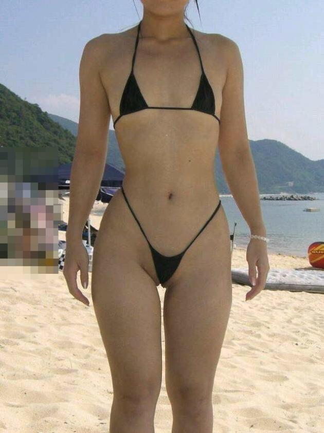 ヌーディストビーチ化した国内ビーチに現れる露出狂のエロ画像33枚・9枚目の画像