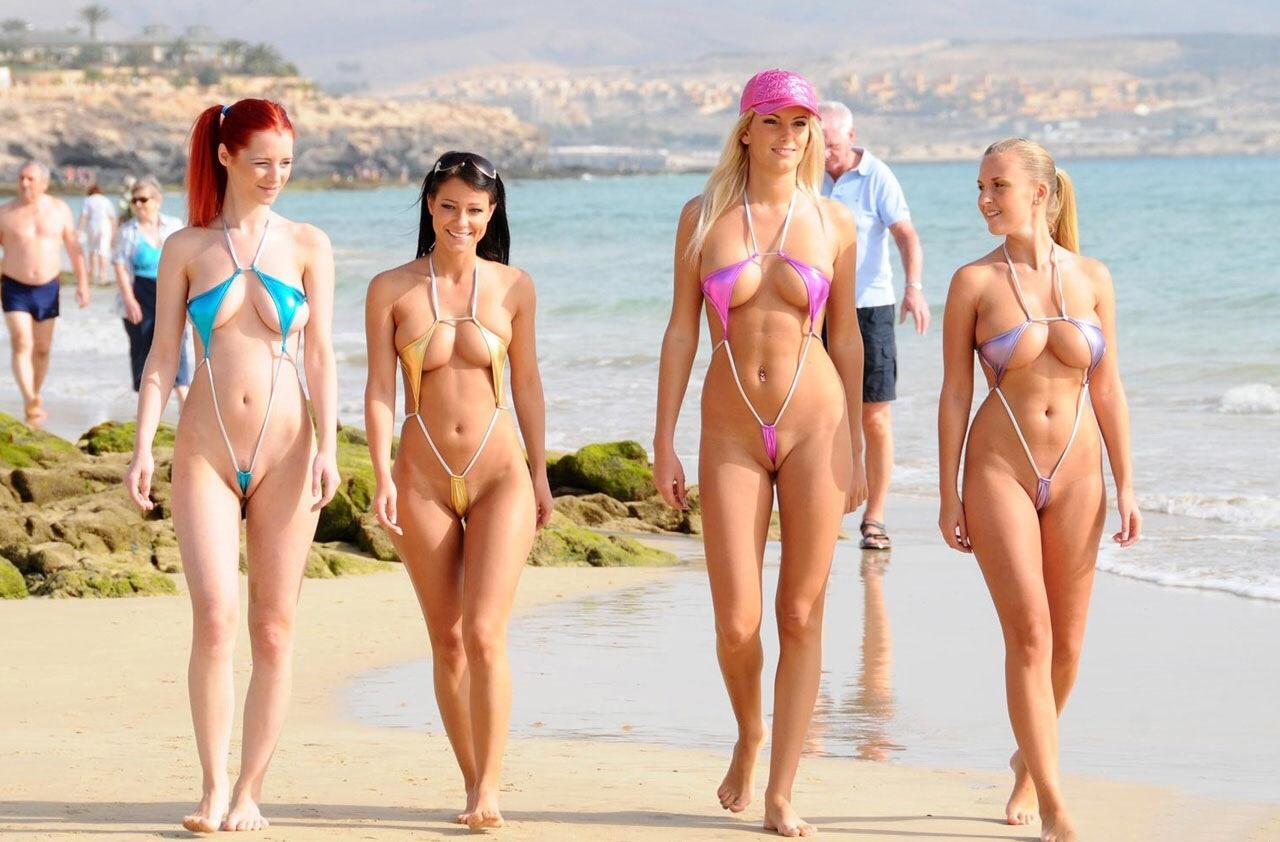 ヌーディストビーチ化した国内ビーチに現れる露出狂のエロ画像33枚・18枚目の画像