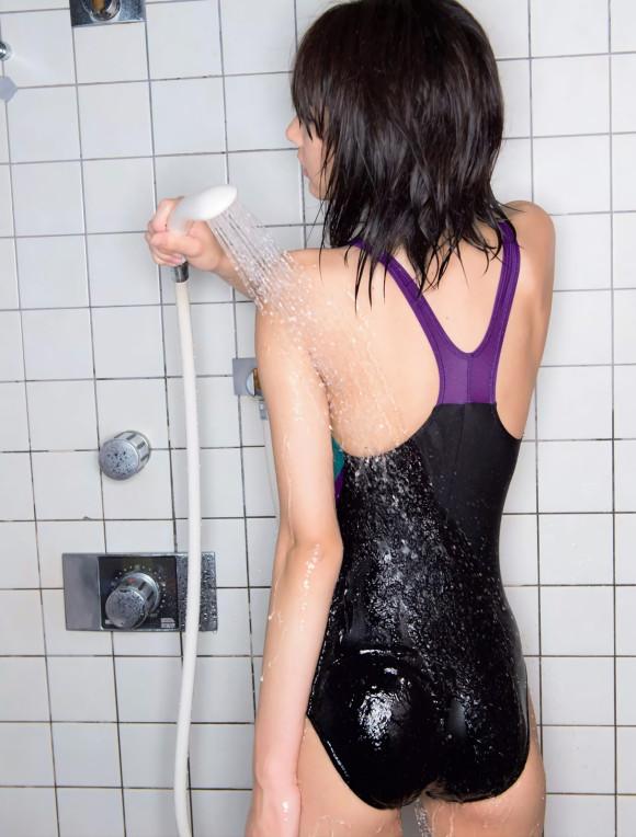 武田玲奈のプリケツ…監獄学園の着替えシーンに競泳水着に水着グラビア…エロすぎてティッシュ不足にwwwww(画像あり)・20枚目の画像