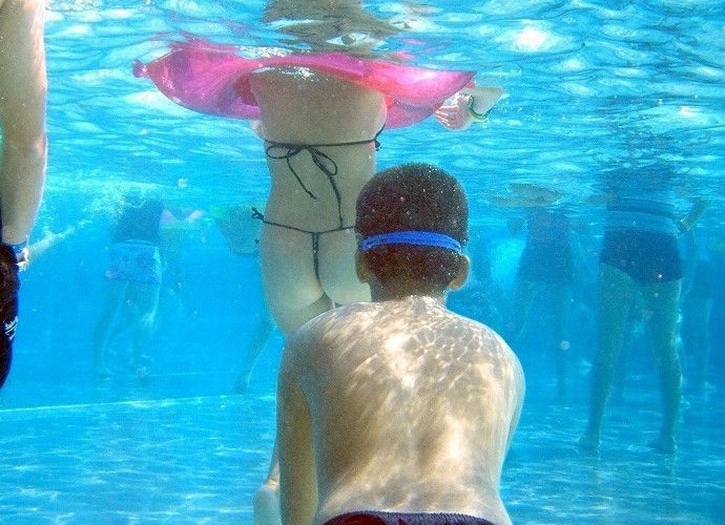 ヌーディストビーチ化した国内ビーチに現れる露出狂のエロ画像33枚・20枚目の画像