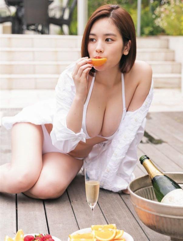筧美和子のアイコラヌードやセックス濡れ場のエロ画像240枚・114枚目の画像