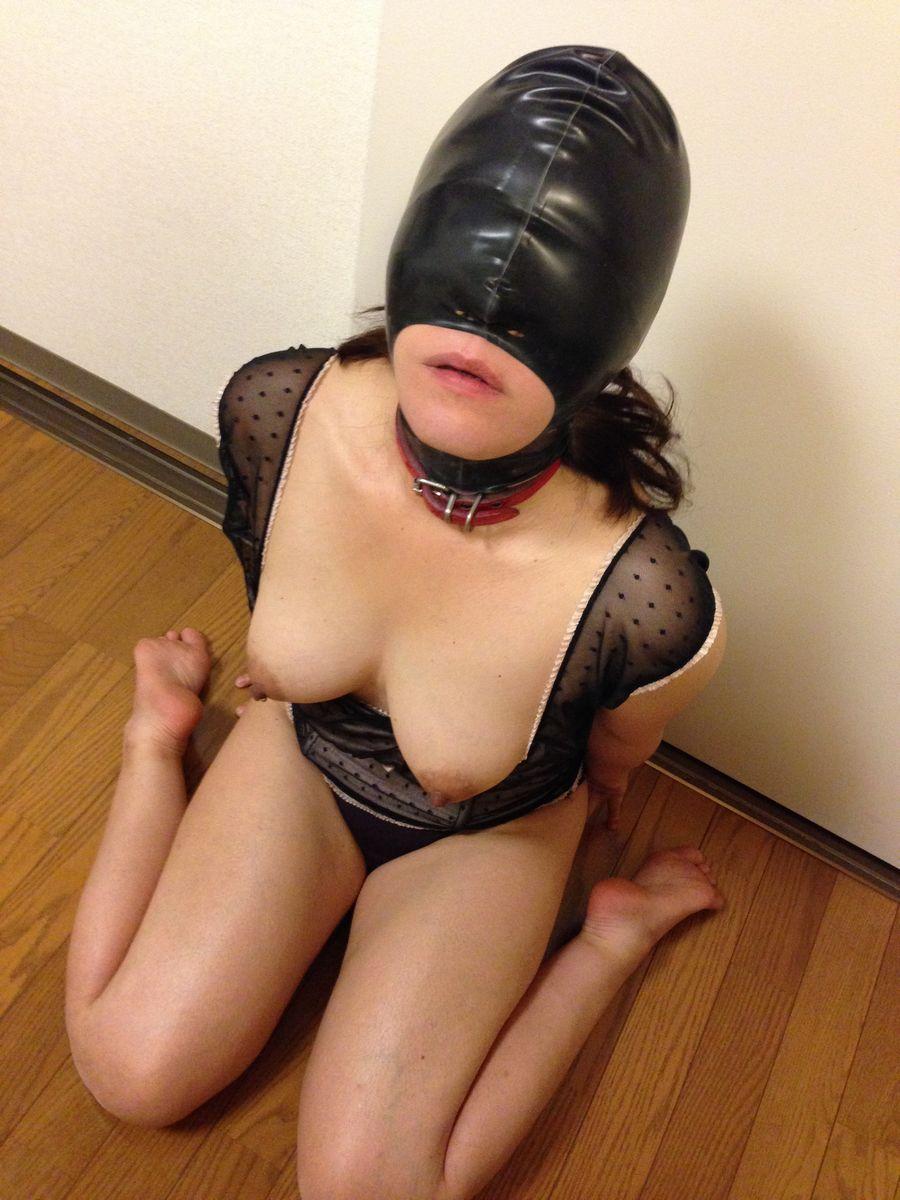 「身体はエロいが顔はブス」覆面マスク被せてSEXするエロ画像30枚・21枚目の画像