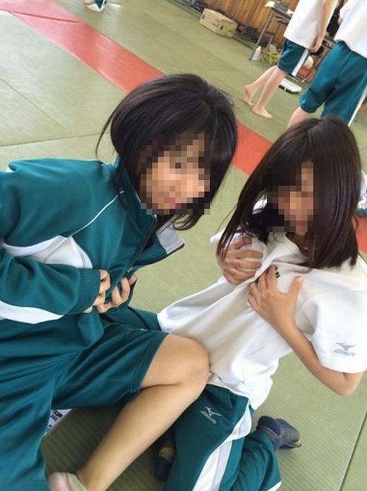 ジャージ姿の現役JK・女子高生が抜けるエロ画像57枚・60枚目の画像