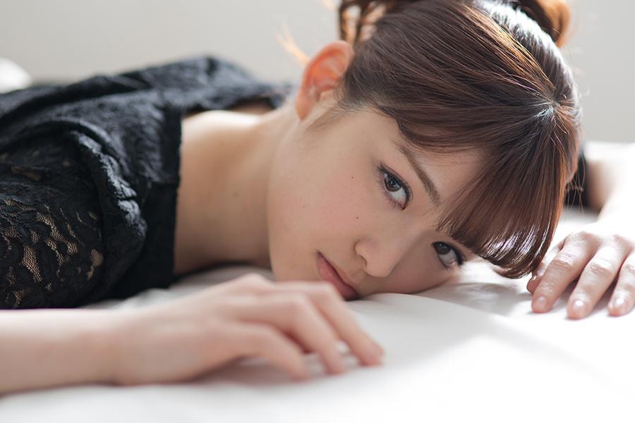 乃木坂46松村沙友理(25)写真集の抜ける下着姿エロ画像130枚・59枚目の画像