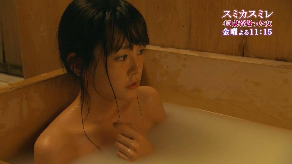桐谷美玲(28)のヌード濡れ場や水着姿等のお宝エロ画像105枚・26枚目の画像