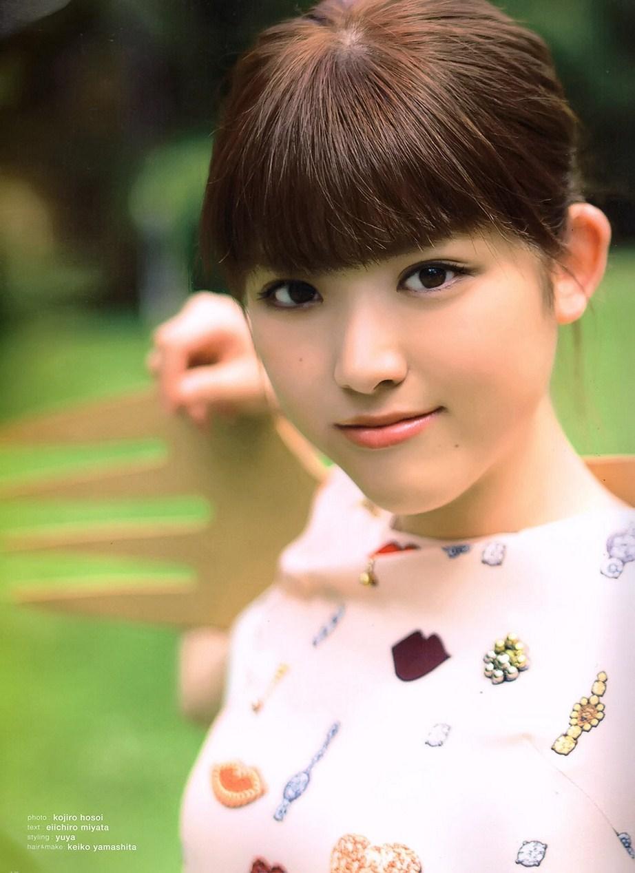 乃木坂46松村沙友理(25)写真集の抜ける下着姿エロ画像130枚・46枚目の画像
