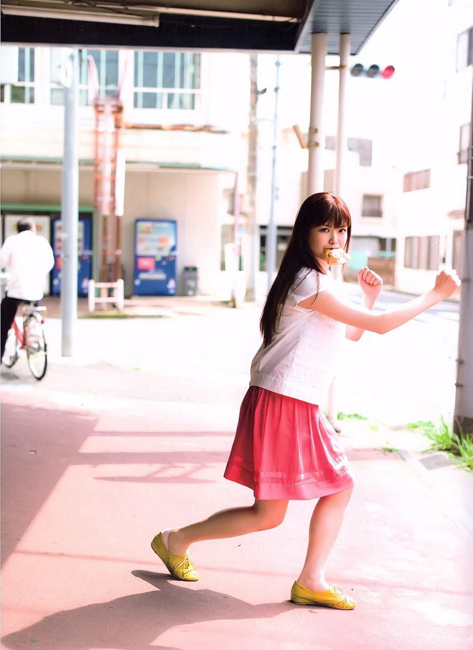乃木坂46松村沙友理(25)写真集の抜ける下着姿エロ画像130枚・47枚目の画像