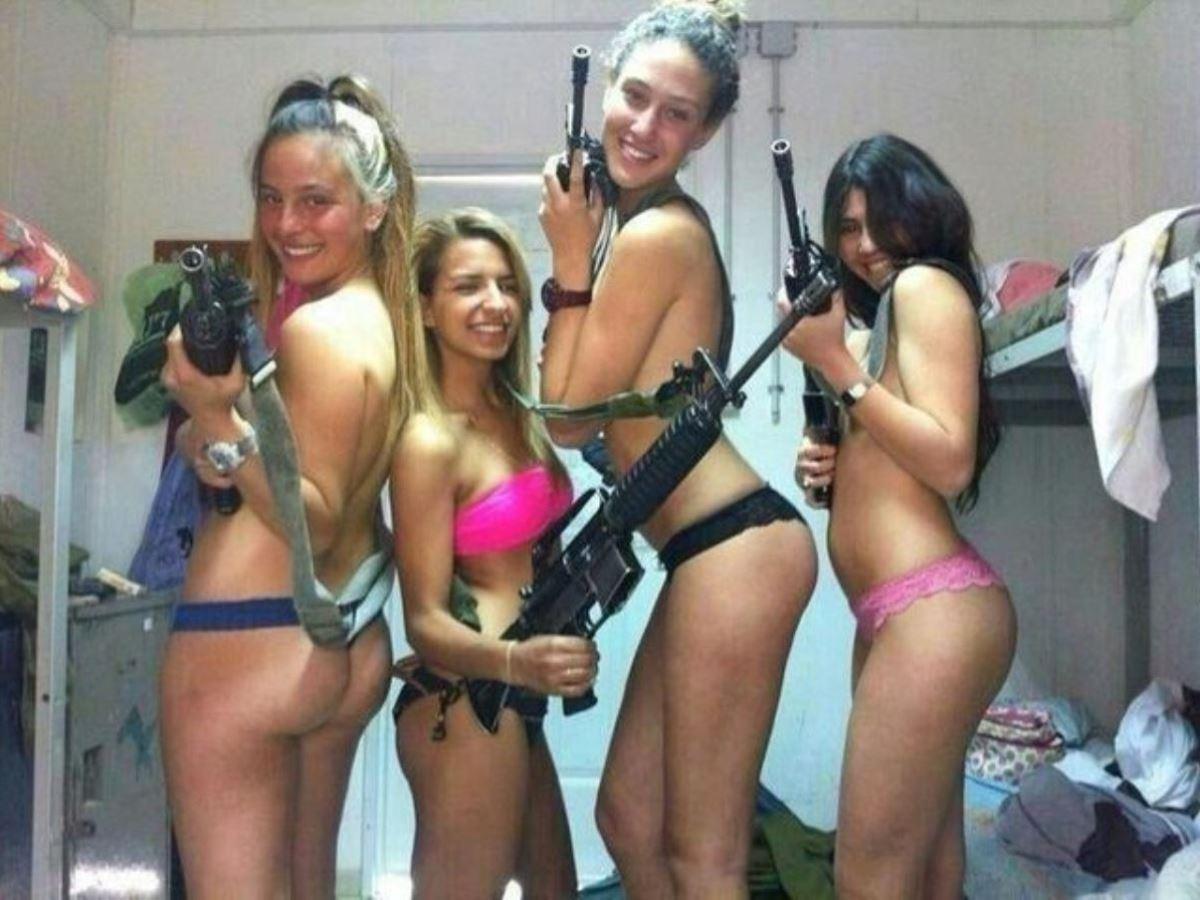 女性軍人ヌードが強そうだが抜けるエロ画像50枚・40枚目の画像