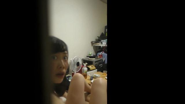 女子大生カップルをカーテンの合間から盗撮したSEX画像49枚 表紙