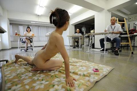 ヌードデッサンモデルが抜けるエロ画像30枚・14枚目の画像