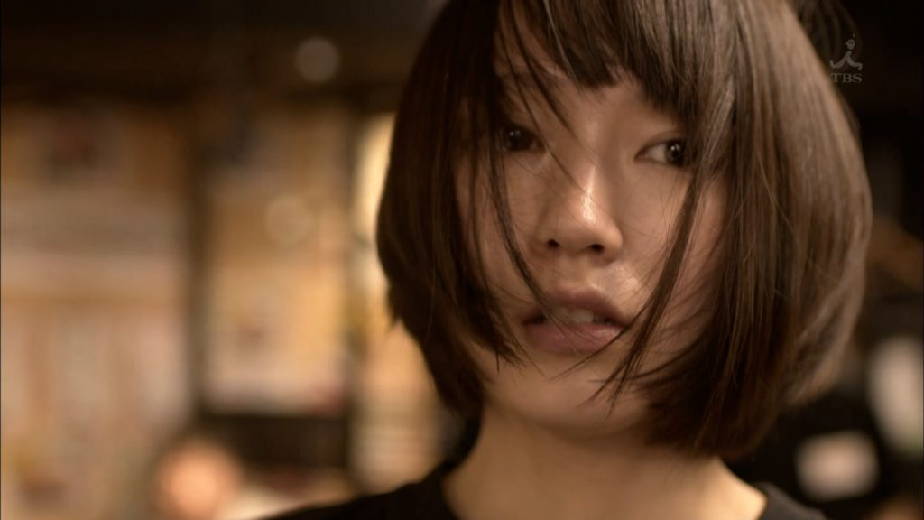吉岡里帆のドラマ『死幣-DEATH CASH-』のエロ画像11