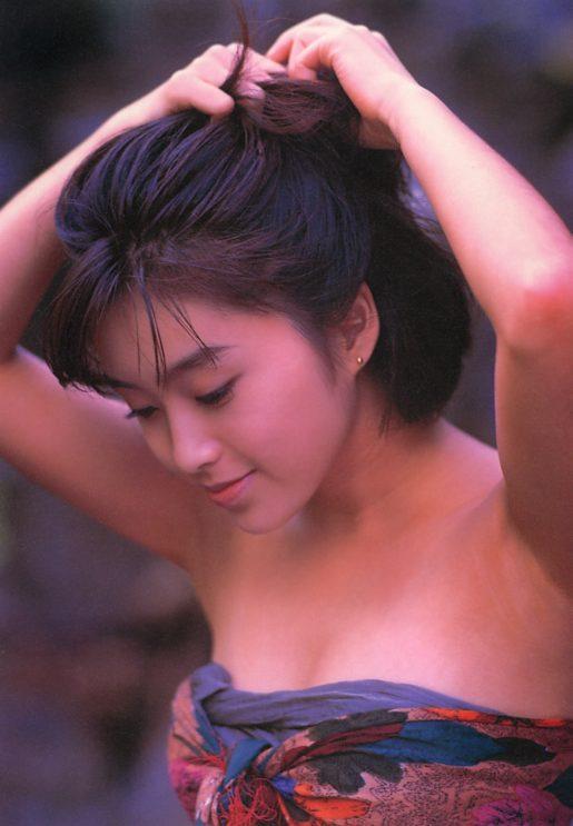 酒井法子の若かりし頃の水着グラビアエロ画像021