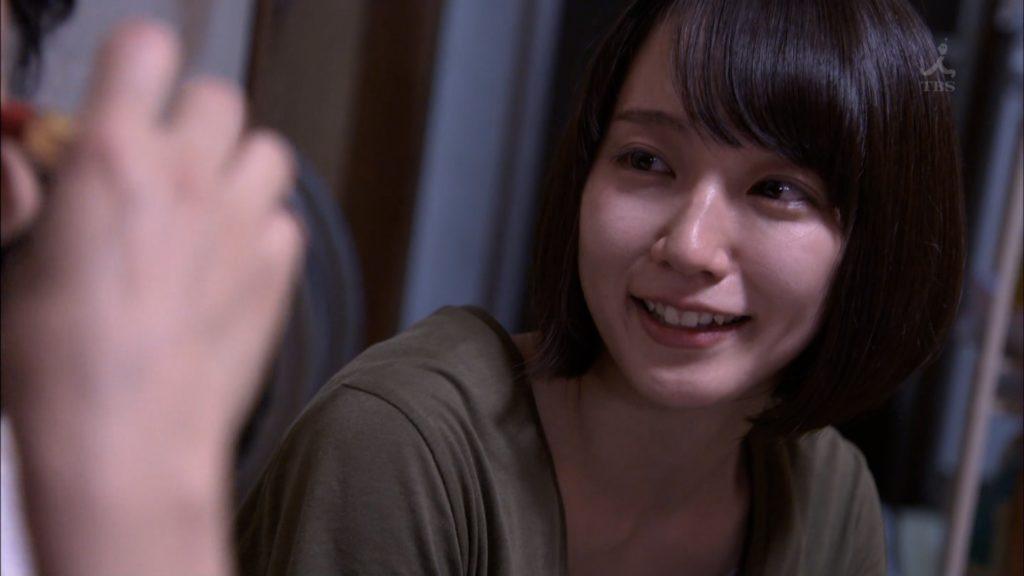 吉岡里帆のドラマ『死幣-DEATH CASH-』のエロ画像33
