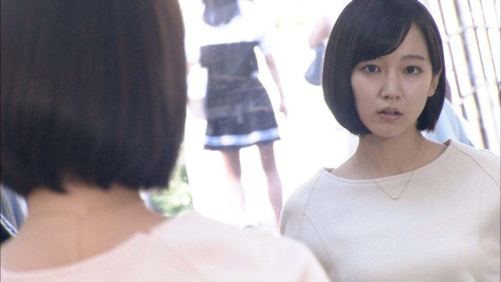 吉岡里帆のドラマ『死幣-DEATH CASH-』のエロ画像43