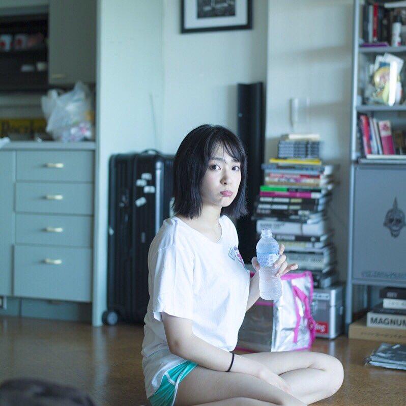 ほのかりんのお宝水着姿や胸チラエロ画像006