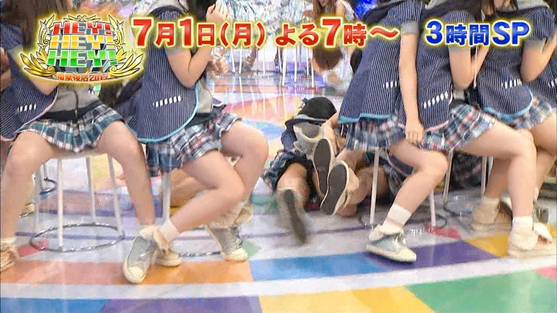 ハミパン・ハミ尻エロキャプ画像!←AKBや乃木坂のアイドル達もみんな生き残りかけて大変だなwwwwww・14枚目の画像
