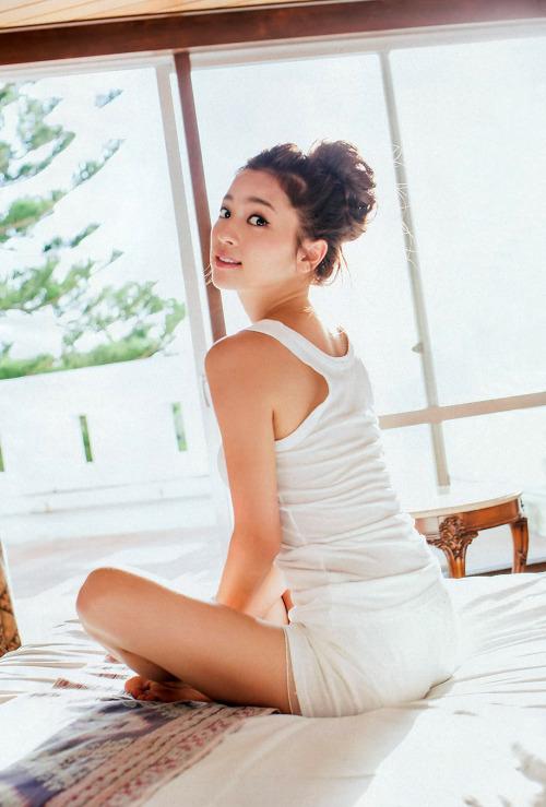 中村アンってマンスジとか胸チラとかサービス精神旺盛でエロいよなwwwww(TVエロキャプ画像あり)・37枚目の画像