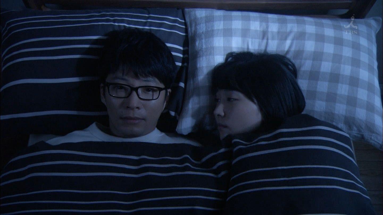 新垣結衣のベッド・キスシーンエロ画像044