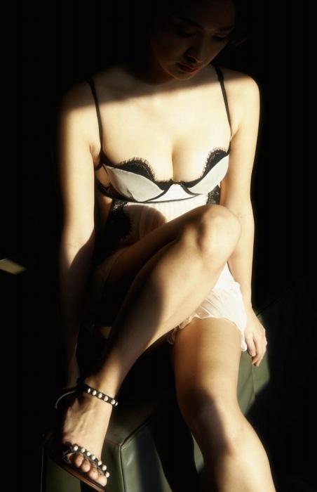 飛鳥凛の写真集『凛』のヌードグラビアエロ画像094