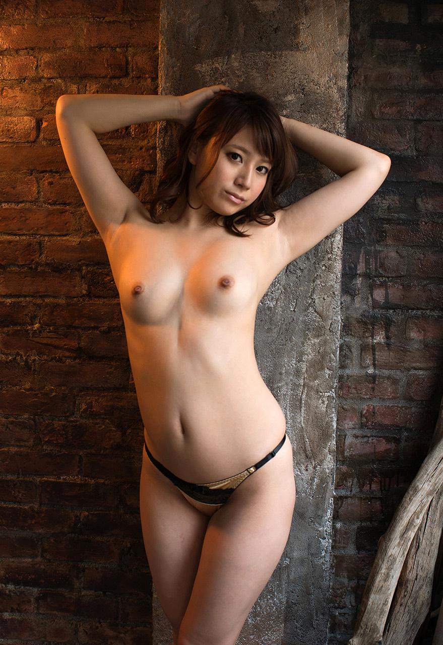 美女の裸は最高!パンイチヌードエロ画像!・30枚目の画像