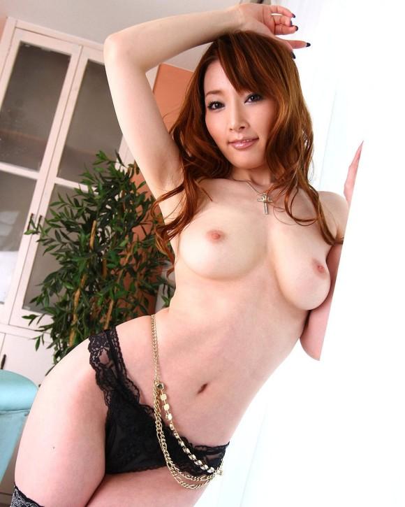 美女の裸は最高!パンイチヌードエロ画像!・31枚目の画像