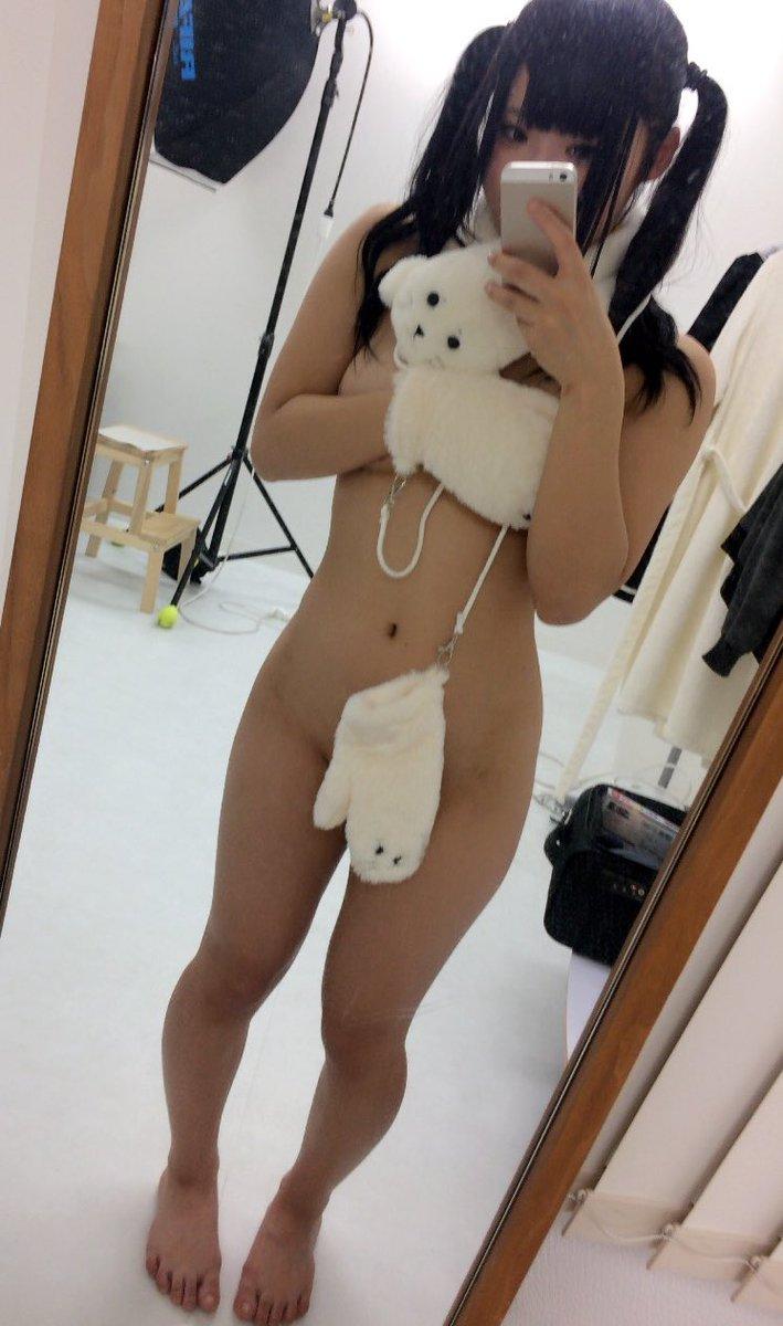 AV女優・あず希エロ画像!ロリコンにはたまらないムッチリEカップツインテがエロすぎ!・33枚目の画像